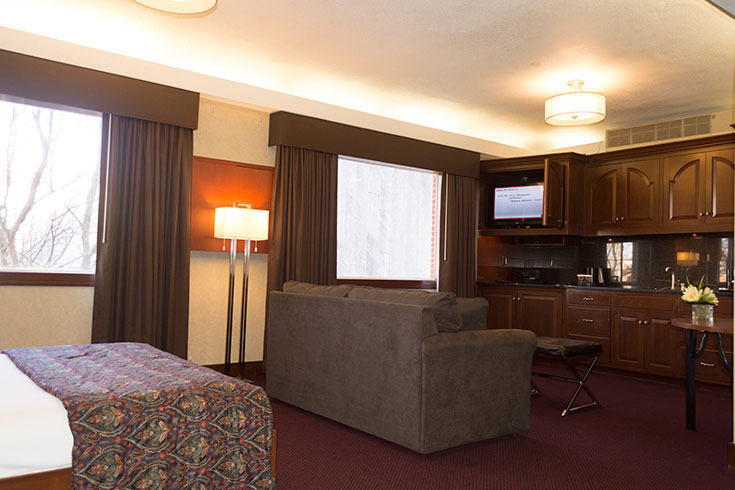 UGA Hotel's Plaza Queen Suite is luxurious and expansive