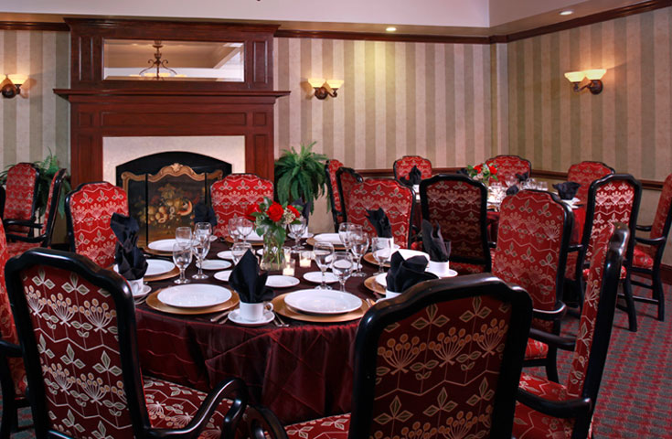 The UGA Hotel's Oak Room is ideal for intimate meals